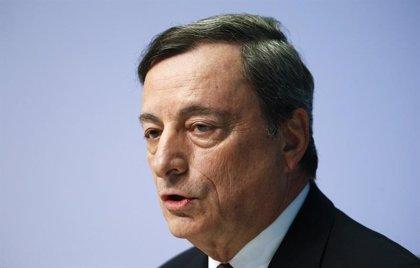 Draghi alimenta las expectativas de una próxima bajada de tipos del BCE