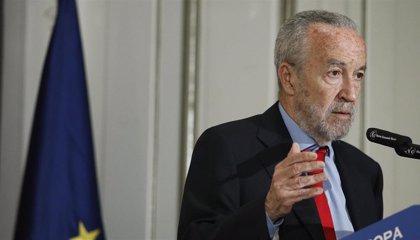 """Pedro Arriola defiende a Tezanos y asegura que """"no es de recibo"""" atacarle por ser """"socialista"""""""