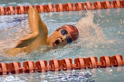 Realizar natación ayuda a proteger las articulaciones en pacientes con artropatía hemofílica