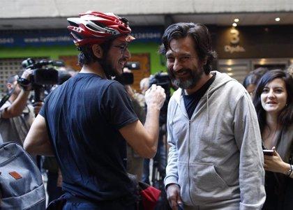 """Podemos recuerda al PSOE que """"hay predisposición"""" para el acuerdo, pero le conmina a """"levantarse del sillón"""""""