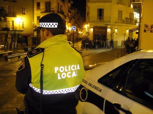 Valencia.- Sucesos.- Detenido tras agredir a un joven con una navaja por no darle 10 euros