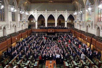 La política de maternidad de la Cámara de los Comunes, a debate por el embarazo de una diputada