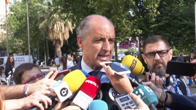 Anticorrupción pide dos años y medio de prisión para Camps por fraude y prevaricación en la adjudicación a Gürtel
