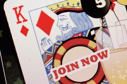 IU anima al Gobierno a prohibir la publicidad de casas de apuestas y juego 'online'