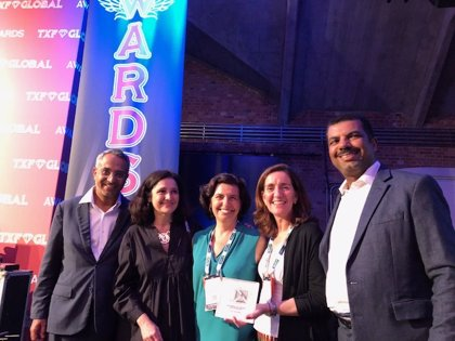 Cesce recibe un doble galardón internacional por participar en dos proyectos del año en Omán y Perú