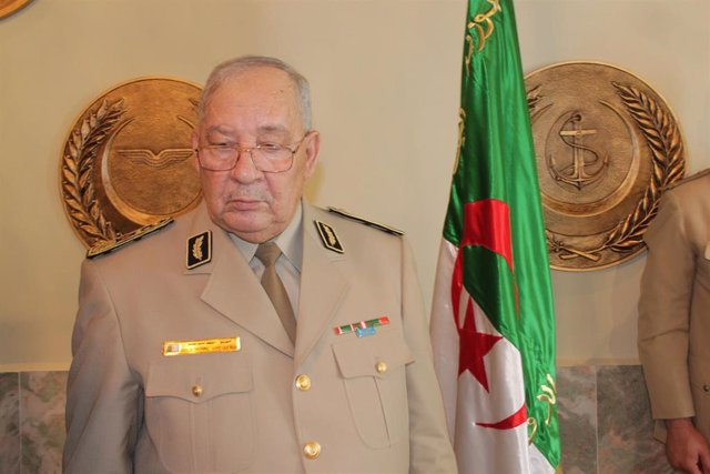 """Argelia.- El jefe del Ejército de Argelia asegura que no tiene """"ambiciones políticas"""""""