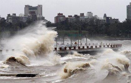 Ya son 5.000 los desplazados debido a las fuertes lluvias en Uruguay