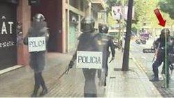 Roger Español aporta un informe al jutge en què identifica l'agent que presumptament li va disparar l'1-O (IRÍDIA)