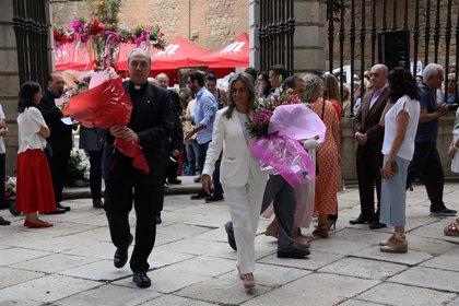 Más de 1.200 escolares de 23 colegios de Toledo participan en la ofrenda floral del Corpus