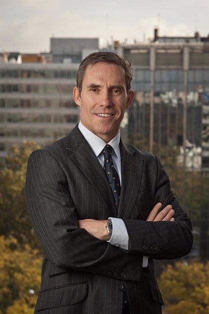 Muere Juan Picón, socio director de Latham & Watkins en España