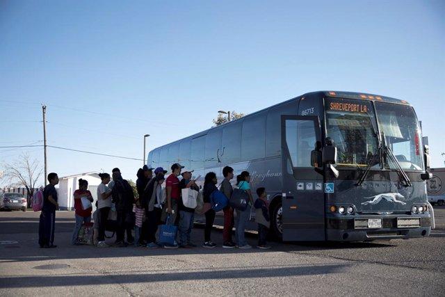 Inmigrantes indocumentados podrán obtener la licencia de conducir en Nueva York, ¿cuál es la relevancia de la medida?