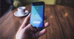 Twitter retira l'opció de compartir la ubicació precisa a l'hora de publicar tuits (PIXABAY/CC/FREE-PHOTOS - Archivo)