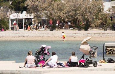 La rendibilitat turística a Espanya es ralenteix: creix en destinacions urbanes i cau en les vacacionals (ISTOCK - Archivo)