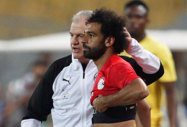 """Fútbol.- El 'Vasco' Aguirre dice que Salah es """"uno más"""" en la selección de Egipto"""