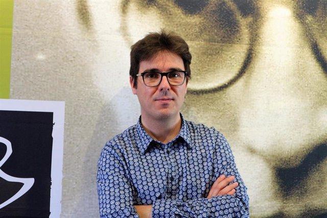 """Melcior Menges guanya el 48 Premi Crexells de novel·la amb la """"electrizante"""" 'Sobre la terra impura'"""