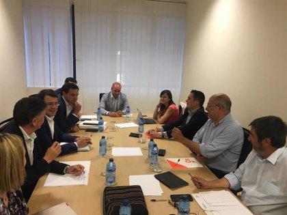 PP y Cs: acuerdo para un programa de 100 puntos y reparto de la Mesa de las Cortes