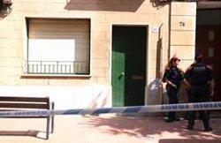 Els Mossos continuen inspeccionant el pis de la dona desapareguda a Terrassa després que l'exparella confessi el crim (ACN)