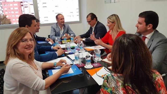 """AV.- PP y Cs llegan a un acuerdo """"programático"""" para el Gobierno de la Región de Murcia"""