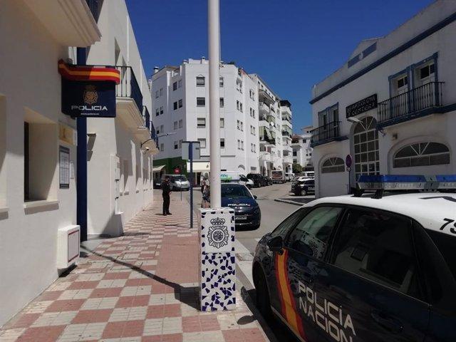 Málaga.- Sucesos.- Detenido un joven por amenazar y golpear a un hombre al que obligó a sacar dinero de un cajero