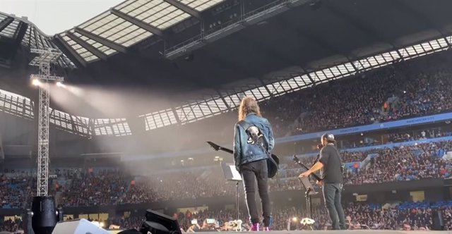 VÍDEO: Metallica versiona a The Stone Roses en Manchester