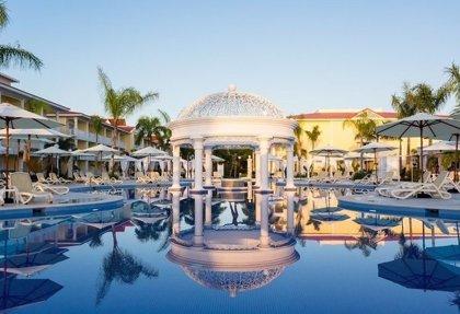 """El Gobierno dominicano califica de """"noticias falsas"""" las misteriosas muertes de turistas de EEUU en hoteles del país"""