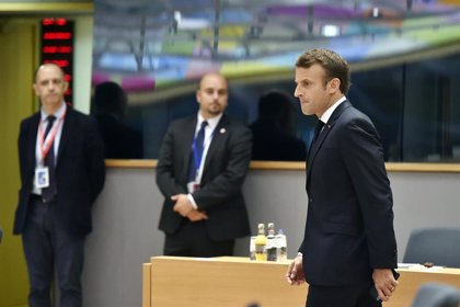 """Macron pide al sucesor de May """"decencia y seriedad"""" para concluir el Brexit"""
