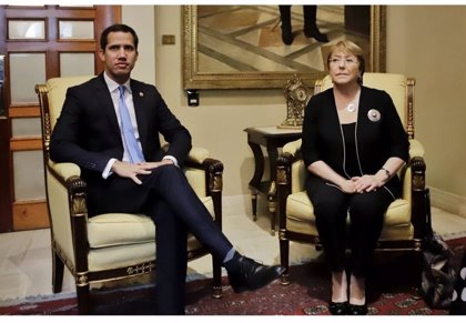 """Guaidó pide a Bachelet que deje una representación permanente en Venezuela para lograr """"soluciones"""""""