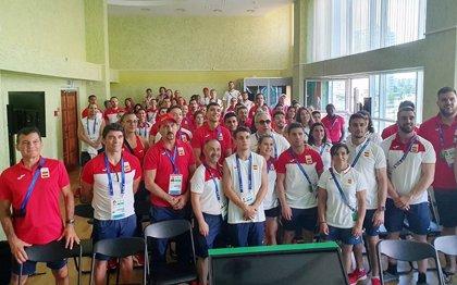 Alejandro Blanco visita la Villa de Deportistas para el inicio de la competición en Minsk