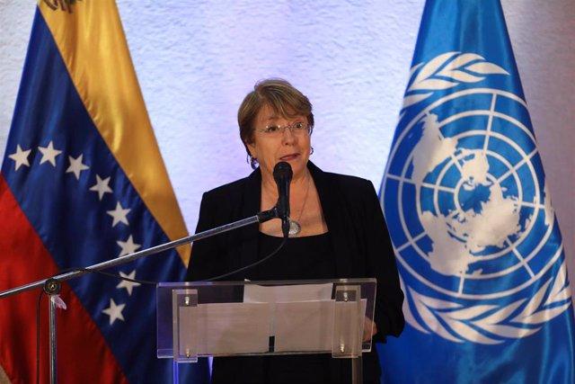 Michelle Bachelet durante una rueda de prensa en Caracas