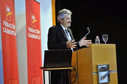 """Juan Antonio Madrid: """"El salto tecnológico nos ha hecho vivir en un mundo para el que no estamos diseñados"""""""
