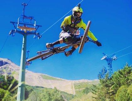 Las pistas de esquí reciben el verano con actividades para todos los públicos