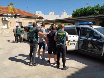 Detenidos cinco miembros de una familia dedicada al robo en naves industriales en Murcia, Madrid y Alicante