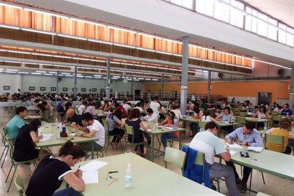 El 83,89% de los opositores a maestro en Extremadura se presenta a la prueba práctica