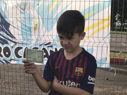 El sueño de conocer al '10' de argentina del pequeño Lionel Messi brasileño