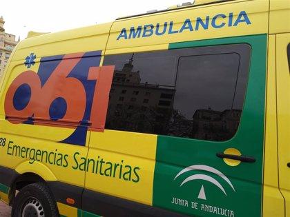 Evacuan al hospital a un joven con quemaduras graves en un brazo por una descarga eléctrica en Aljaraque (Huelva)