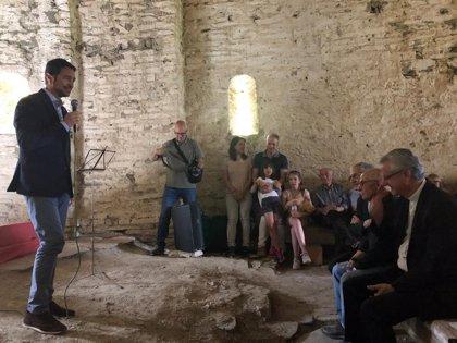 Damià Calvet inaugura en Farrera (Lleida) la restauración de la ermita de Santa Maria de la Serra