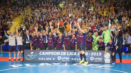 El Barça recupera el trono liguero seis años después