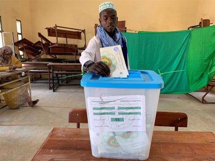 El candidato oficialista espera una clara victoria en las presidenciales de Mauritania
