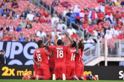 Panamá y EEUU alcanzan los cuartos de final de la Copa Oro