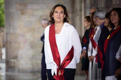 """Colau quiere trabajar junto al PSC y no ser alcaldesa de """"dos gobiernos"""""""