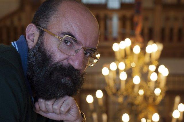 Paco Delgado, diseñador de vestuario