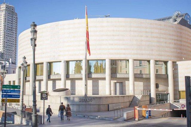 Imagen del exterior y fachada del Senado