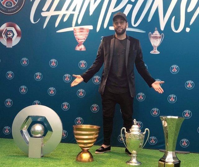 Dani Alves se despide del PSG Paris Saint-Germain