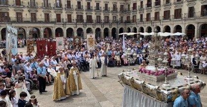 """Obispo de Vitoria cree que """"no puede haber viviendas cerradas"""" con inmigrantes viviendo """"en condiciones infrahumanas"""""""