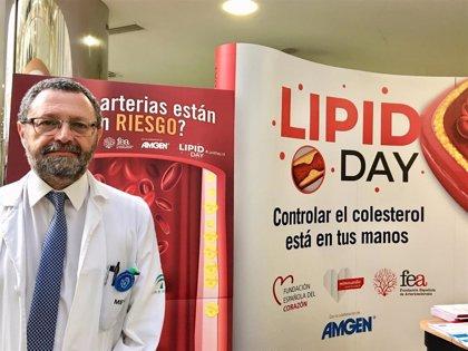 Más de un millar de pacientes controlan cada año su nivel de colesterol en la consulta de Lípidos del Clínico