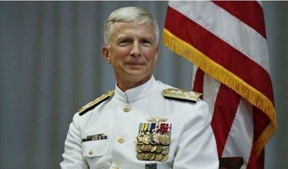 El jefe del Comando Sur de EEUU viaja a Argentina y Chile para reunirse con militares y trata la crisis de Venezuela