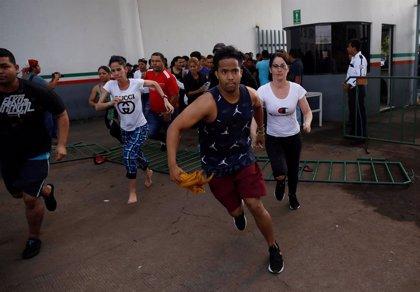 Migrantes denuncian el hacinamiento de los centros de detención en México