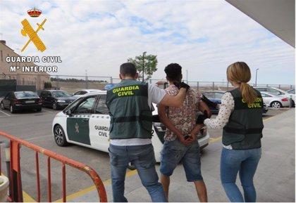 Detenido un joven con antecedentes por 28 robos en viviendas de Yeles y Yuncos