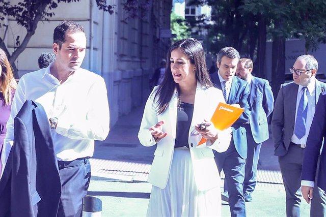 La vicealcaldesa de Madrid, Begoña Villacís, llega a la Sesión de constitución del Ayuntamiento de Madrid.