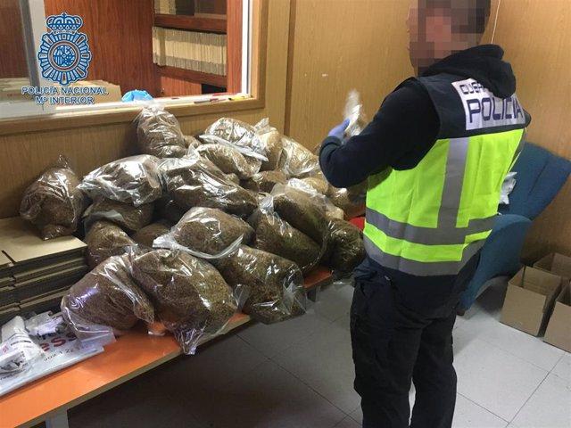 Tabaco de contrabanado picado intervenido en Écija